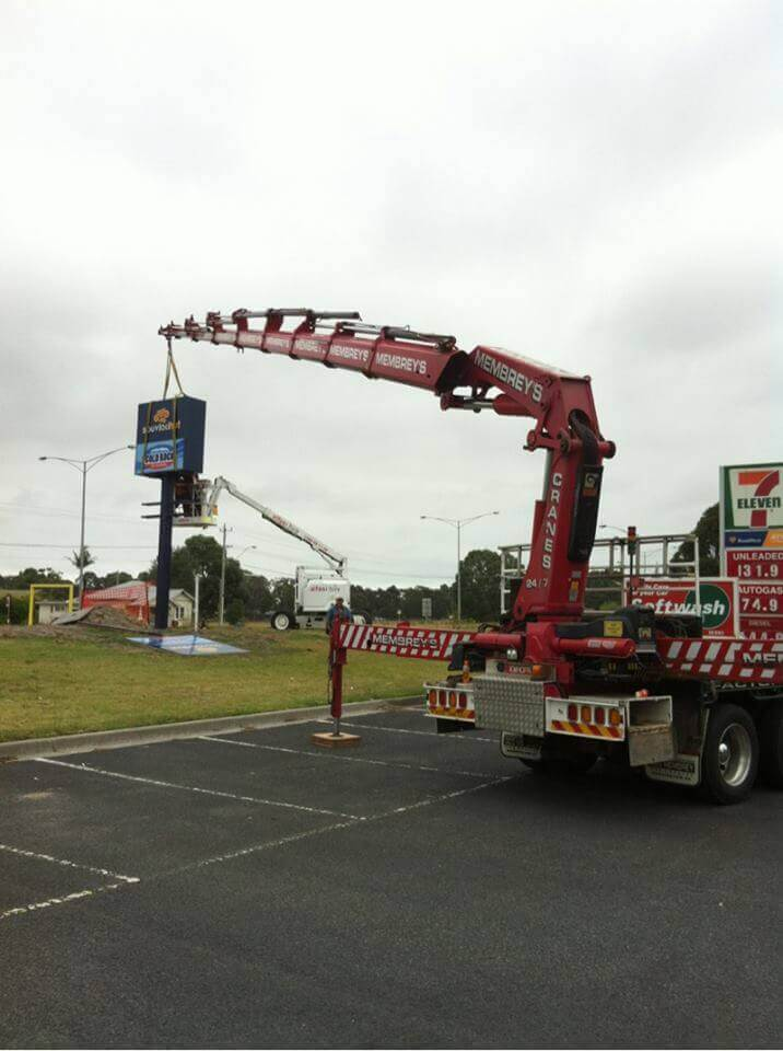 Hiab Crane Truck sign installation_1